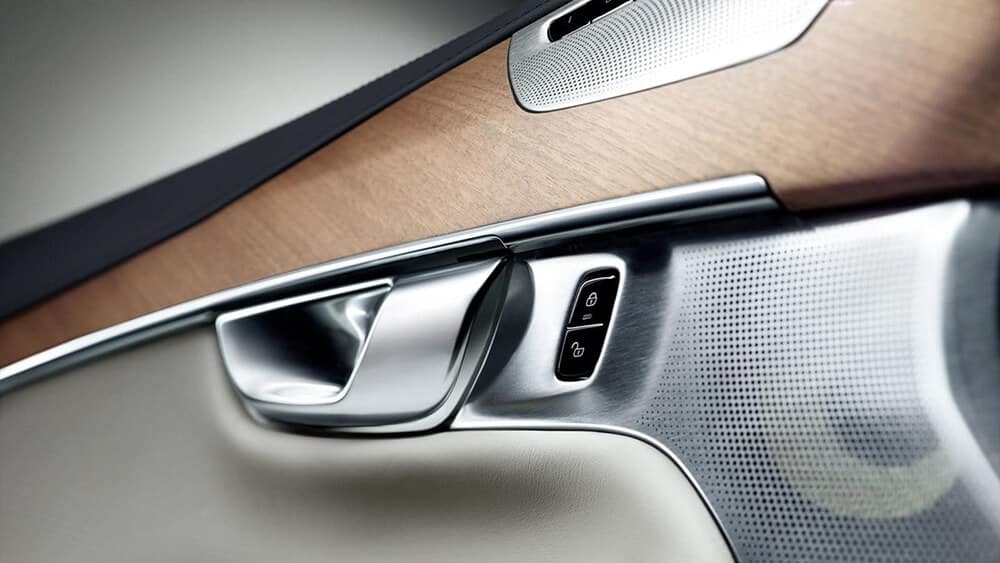 2018 Volvo XC90 Door Handle