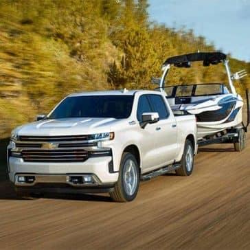 2019 Chevrolet Silverado tows a boat
