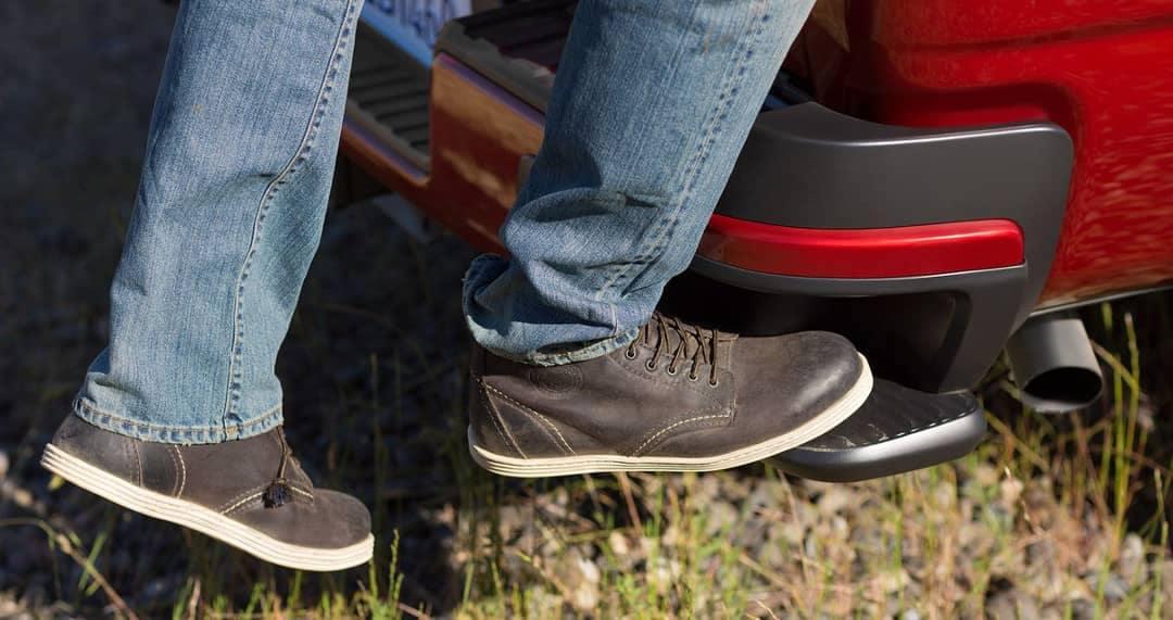 2019 Chevy Colorado bumper step