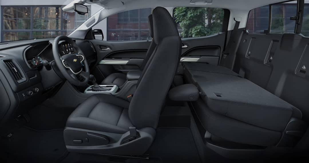 interior cabin of 2019 Chevy Colorado