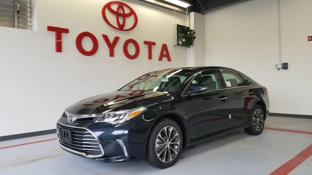 2018 Toyota Avalon XLE Premium, No Money Down Lease